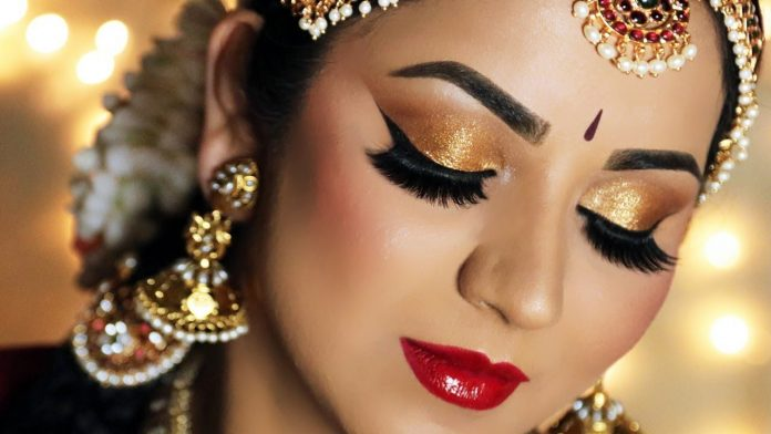 You can also find out how students become one of the best makeup artists in India by joining our Best makeup academy in Delhi.